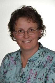 das Foto zeigt die Ortsbürgermeisterin Rita Lenz